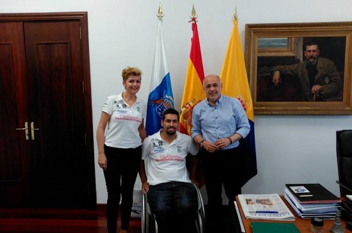 Con el Presidente del Cabildo Don Antonio Morales Mendez