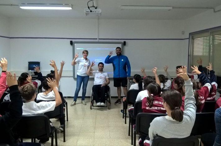 """Charla sobre Educación con el Deporte ,Discapacidad e Igualdad en CEIP Aldea Blanca """"JuegosDvida"""""""