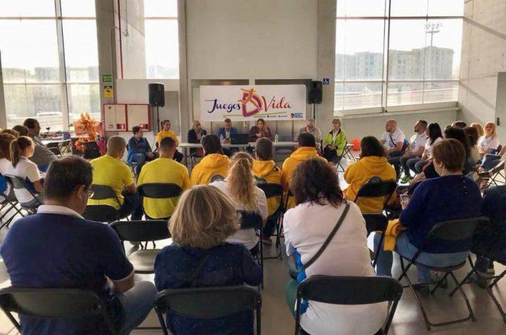 Nuestra presidenta Ana Gonzalez participó en una mesa redonda con motivo del Día Internacional del Deporte, organizada por JuegosDVida , programa del Instituto Insular de Deportes. Agradecer a Juan Manuel Betancor Leon y Carlos Brito Rodriguez por la invitación