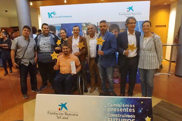 Nuestro equipo en el Auditorio Alfredo Kraus, donde JuegosDVida recibió  el reconocimiento de CaixaProinfancia, de la Obra Social La Caixa, en la categoría 'Al Trabajo en Red'